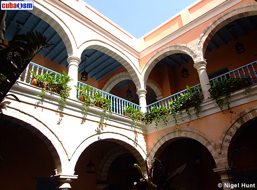 Hotel Marques Prado Ameno Arches